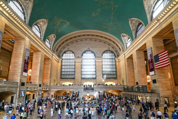 New York City, Grand Central Station, Street Photography